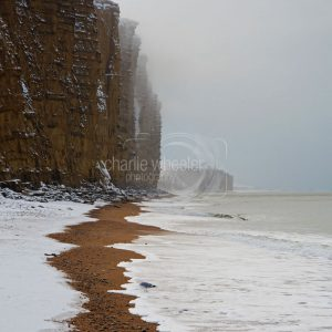 Snow at East cliff, West Bay